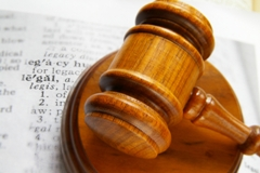 legal-dictation-judge-hammer-gavel