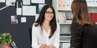 How to conduct a good one-to-one HR meeting